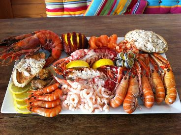 Stand Up Paddle abd Doyle's Seafood Platter