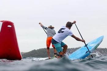 Stand Up Paddling Race Turn